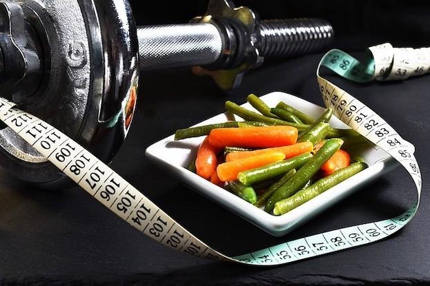 Krafttraining und gesunde Ernährung wirken Muskelabbau entgegen