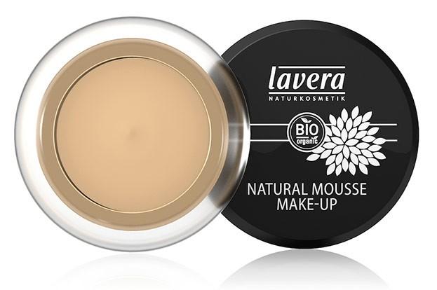 Für einen samtigen Teint: Natural Mousse Make-up von Lavera