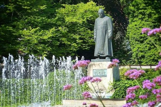 Sebastian Kneipp Denkmal
