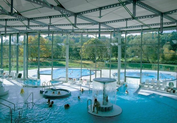 Therme in Bad Waldsee mit Gartenblick