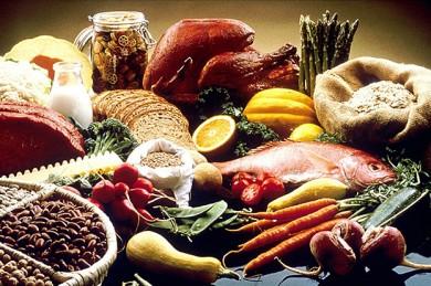 Kann man alle notwendigen Vitamine aus der normalen Ernährung beziehen? - ©FotoshopTofs / Pixabay