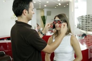 Augenoptiker sind die beste Anlaufstelle, wenn es um die Refraktion, sprich die Brillenglasverordnung, geht.
