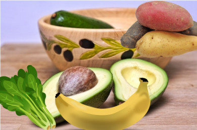 Avocados, Bananen, Kartoffeln und Spinat sind u.a. reich an Kalium - ©Pixabay (4)