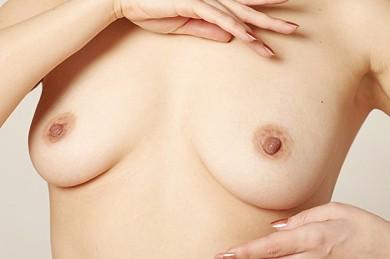 Brustvergrößerung - ©S. B. / Pixabay.de