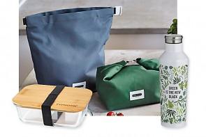 Lunchbag, Isolierflasche und Trinkflasche, Lunchbox aus Glas mit Holzdeckel - ©black+blum / typhoon