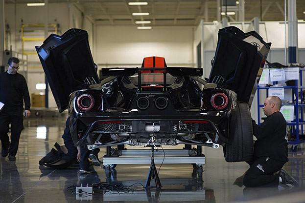 Supersportwagen Ford GT