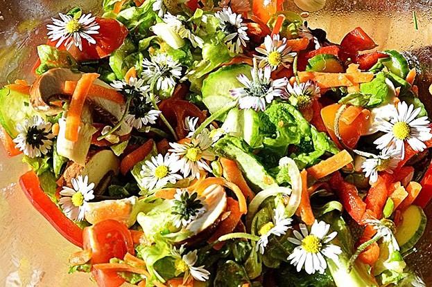 Blumen-Salat