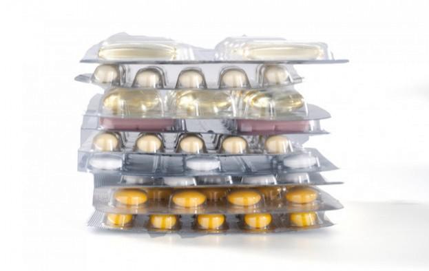 Von 35 Vitaminpräparaten sind 10 drastisch hoch dosiert