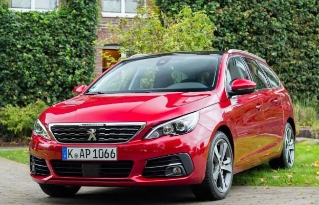Der neue Peugeot 308 - Best-in-class mit neuen Assistenzsystemen und hoher Effizienz