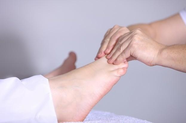 Homöopathische Salbe hilft nicht bei Sportverletzungen