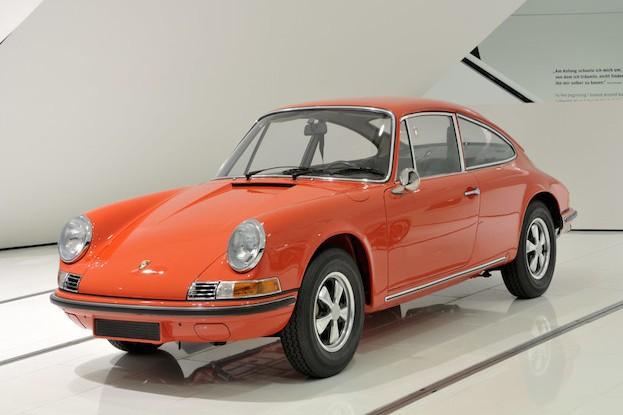 Porsche 915.