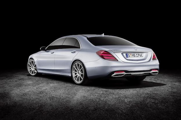 Mercedes-Benz S 560 e in diamantsilber,