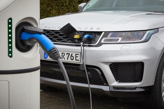 Range Rover mit Plug-in Hybridantrieb