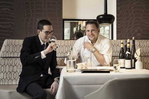 Maitre Kevin Vondenhoft und Chefkoch Ralf Berendsen