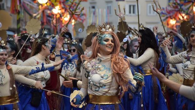 Die Kulturhauptstadt 2020 feiert farbenprächtig Karneval
