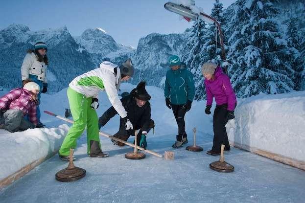 Eisstockschießen in Abtenau