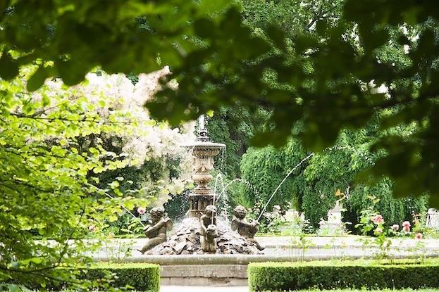 Brunnen im Park von Schloss Kroměříž