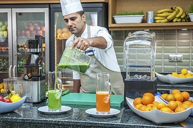 Soja- und Mandelmilch zum Frühstück im TUI Blue Palm Garden