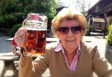 Auch mit 96 kann man das Leben noch geniessen - ©Sylvia von Lichem