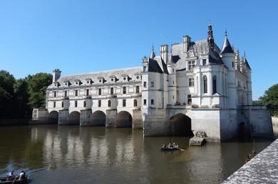 Die Loire lockt nicht nur mit Schlössern wie Chenonceau, sondern auch mit hervorragendem Essen - ©Pixabay