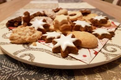 Urkornexperten zeigen, dass alte Getreidearten perfekt für die Weihnachtsbäckerei geeignet sind - ©Universität Hohenheim / Corinna Schmid