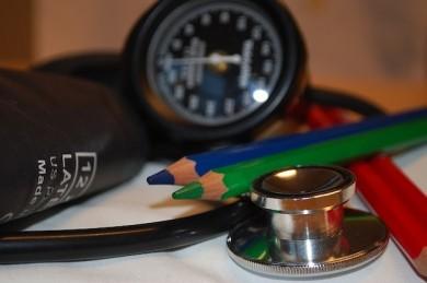 Blutdrucksenker können bei seltener Nierenerkrankung helfen - ©Pixabay