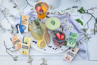 Zutaten für die Mocktails, Produkte von  Sonnentor - ©SONNENTOR/Carletto Photography