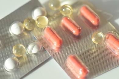 Nahrungsergänzungsmittel mit Vitamin-C und E können Endometriose-Schmerzen lindern  - ©Pixabay_ulleo