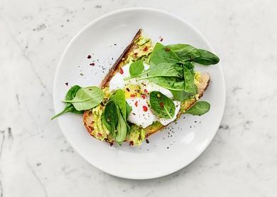 Schlank und gesund mit einem Low Carb Ernährungsplan! - ©Daria Shevtsova / Pexels.com
