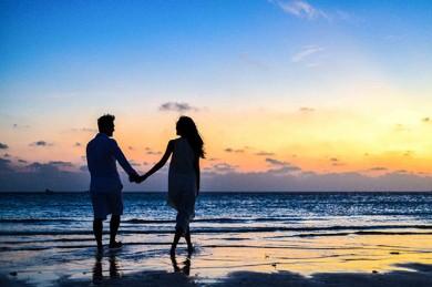 Eine Risikolebensversicherung sichert Hinterbliebene finanziell ab. - ©Asad Photo Maldives / Pexels.com