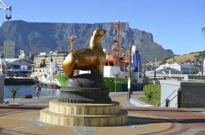 Kapstadt Waterfront mit Tafelberg